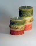 Zwei erdige Kerzen Lizenzfreie Stockfotos