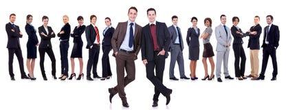 Zwei erfolgreiche Führer und ihr Team Stockfoto