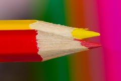 Zwei farbige Bleistifte Stockfotos