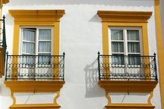 Zwei Fenster Stockbilder