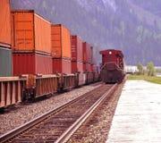 Zwei Güterzüge. Stockfotos