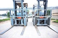 Zwei Gabelstapler an der Baustelle Lizenzfreies Stockfoto