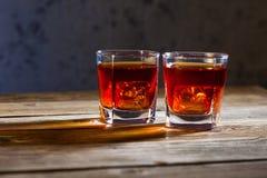 Zwei Gläser alter Whisky Lizenzfreie Stockfotografie