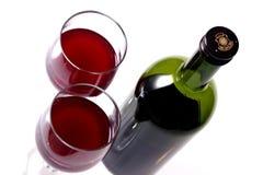 Zwei Gläser Rotwein Stockbild
