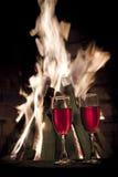 Zwei Gläser Rotwein lizenzfreies stockfoto