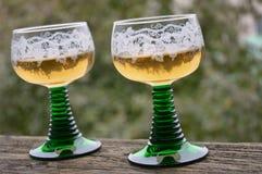 Zwei Gläser Wein lizenzfreies stockfoto