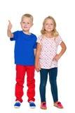 Zwei glückliche blonde Kinder Stockbilder