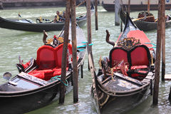 Zwei Gondeln Venedig Italien Stockbild