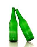 Zwei grüne leere Flaschen Stockfotos