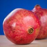 Zwei Granatäpfel Lizenzfreie Stockfotos