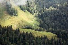 Zwei Hütten in den bayerischen Alpen Lizenzfreie Stockfotografie