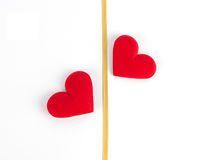 Zwei Herzen und Goldband Lizenzfreies Stockbild