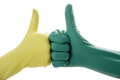 Zwei Hände in den Gummihandschuhen, die O.K. gestikulieren Stockbild