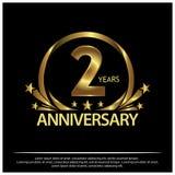 Zwei Jahre Jahrestag golden Jahrestagsschablonenentwurf für Netz, Spiel, kreatives Plakat, Broschüre, Broschüre, Flieger, Zeitsch vektor abbildung