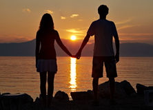 Zwei Jugendliche auf dem Strand III Lizenzfreies Stockbild
