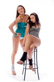 Zwei junge Freundinnen Lizenzfreie Stockfotografie