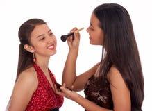 Zwei junge Mädchen, die Spaß haben Stockbild
