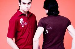 Zwei Kerle-Dreamstime Hemden Stockfoto