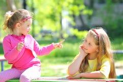 Zwei Kinder Stockfotografie