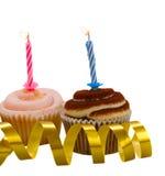 Zwei kleine Kuchen mit Kerzen Lizenzfreie Stockfotografie