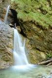 Zwei kleine Wasserfälle Lizenzfreie Stockfotografie