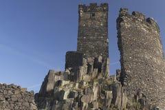 Zwei Kontrolltürme Schloss Hazmburk (horizontal) Stockbilder