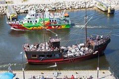 Zwei Kreuzschiffe in Kolobrzeg lizenzfreies stockfoto