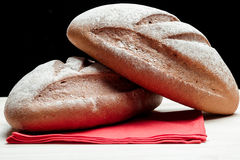 Zwei Laibe Brot Lizenzfreie Stockbilder