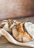 Zwei Laibe Brot Stockbilder