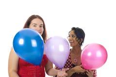 Zwei Mädchen auf der Party Lizenzfreies Stockfoto
