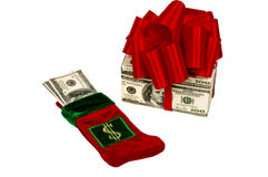 Zwei Möglichkeiten, Geld als Weihnachtsgeschenk zu geben Lizenzfreies Stockbild