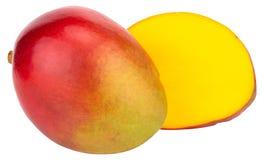 Zwei Mangos lokalisiert auf weißem Hintergrund Beschneidungspfad stockfotografie