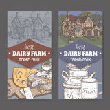 Zwei Molkerei-Shopaufkleber mit Bauernhaus-, Milchdosen-, Becher- und Farbkäseplatte lizenzfreie abbildung