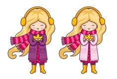 Zwei nette blonde kleine Mädchen in den rosa Mänteln und große gestrickte Schals Autumn Fashion lizenzfreie abbildung
