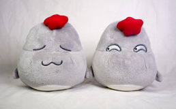 Zwei nette Hühnerplüsch-Spielwaren stock abbildung