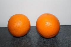 Zwei Orangen Stockfotografie