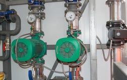 Zwei Pumpen Stockbilder