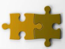 Zwei Puzzlespielstücke mit Ausschnittspfad Lizenzfreie Stockfotografie