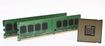 Zwei RAM-Module und eine moderne CPU Lizenzfreies Stockfoto