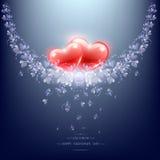 Zwei rote Herzen und Blumenniederlassung Stockfotos