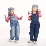 Zwei süße kleine Zwillingsmaler Lizenzfreie Stockbilder
