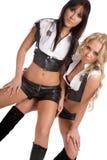Zwei schöne Mädchen tanzen reizvollen Tanz lizenzfreies stockfoto