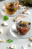 Zwei Schalen grüne oolong Tee-Glas Stockfotos