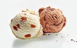 Zwei Schaufeln Eiscreme Lizenzfreie Stockfotos
