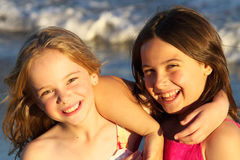 Zwei schöne Mädchen Stockfotografie