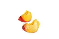 Zwei Segmente des Pfirsiches Stockfoto