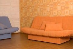 Zwei Sofas stockbilder
