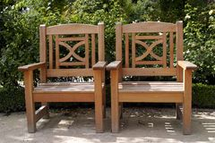 Zwei Stühle lizenzfreie stockfotografie