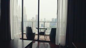 Zwei Stühle an der Terrasse stock video footage