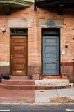 Zwei Türen Stockbild